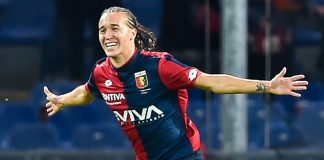 Diego Laxalt celebrating during Genoa-Chievo at Stadio Luigi Ferraris on September 20, 2017. (Photo by Paolo Rattini/Getty Images)