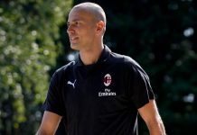 Luca Antonelli before training at Milanello. (@acmilan.com)