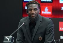 Tiémoué Bakayoko during his presentation at Casa Milan on August 17, 2018. (@acmilan.com)