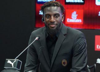 Tiémoué Bakayoko during his presentation at Casa Milan on August 17, 2018. (@acmilan.com)