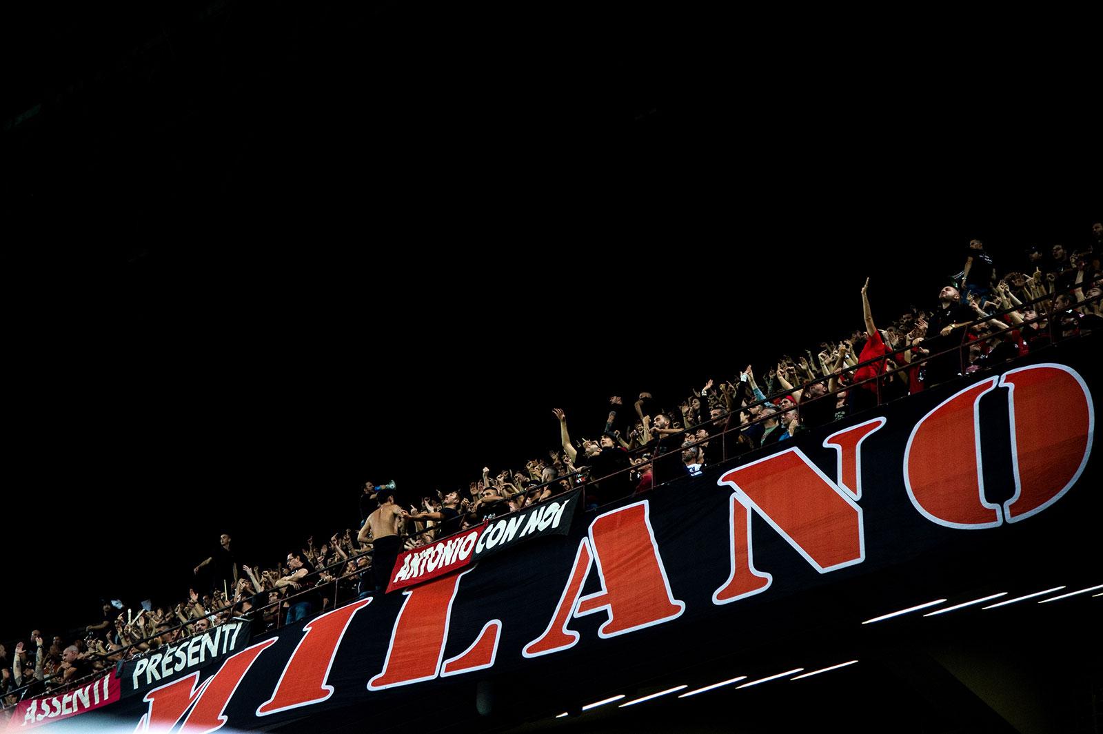 Milan fans during Milan-Roma at Stadio San Siro on August 31, 2018. (MARCO BERTORELLO/AFP/Getty Images)