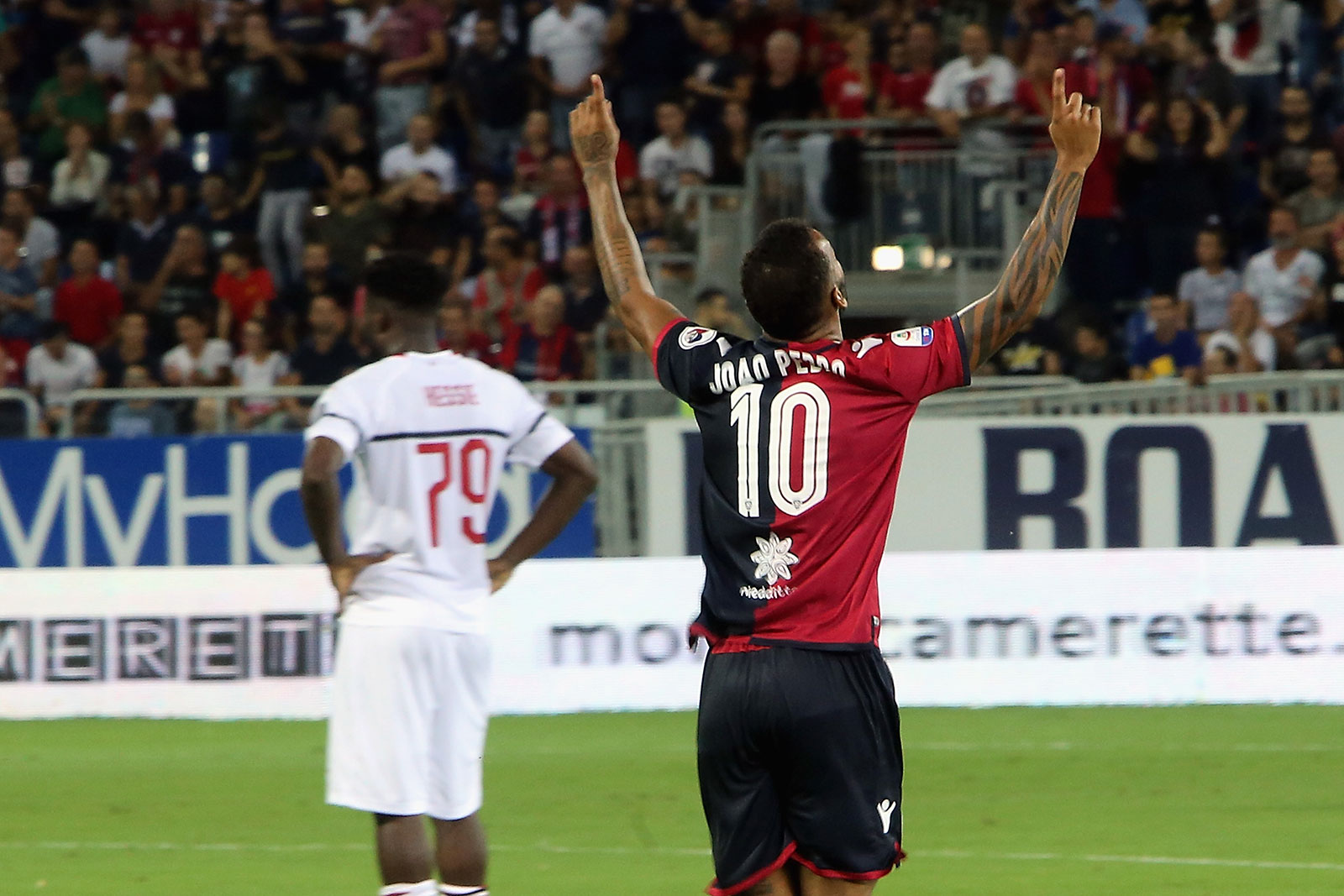 João Pedro celebrating during Cagliari-Milan at Sardegna Arena on September 16, 2018. (Photo by Enrico Locci/Getty Images)