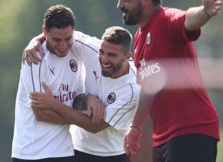Davide Calabria, Fabio Borini and Gennaro Gattuso during training at Milanello. (@acmilan.com)