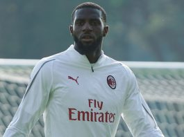Tiémoué Bakayoko during training at Milanello. (@acmilan.com)