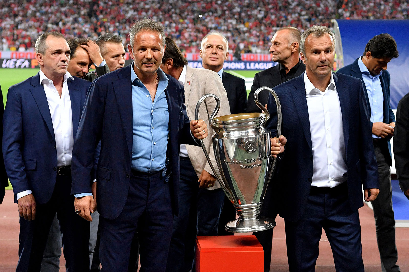 Siniša Mihajlović and Dejan Savićević with a replica of the Champions League trophy before Red Star Belgrade-Napoli at Rajko Mitić Stadium on September 18, 2018. (ANDREJ ISAKOVIC/AFP/Getty Images)