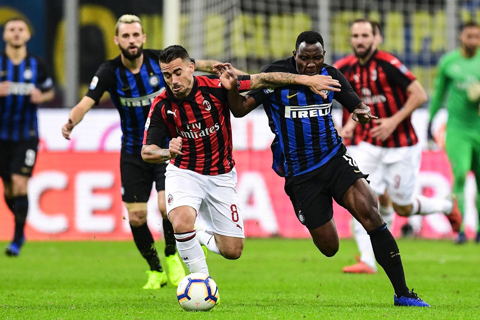 Suso and Kwadwo Asamoah during Inter-Milan at Stadio San Siro on October 21, 2018. (MIGUEL MEDINA/AFP/Getty Images)