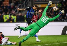 Mauro Icardi scoring past Gianluigi Donnarumma during Inter-Milan at Stadio San Siro on October 21, 2018. (MARCO BERTORELLO/AFP/Getty Images)