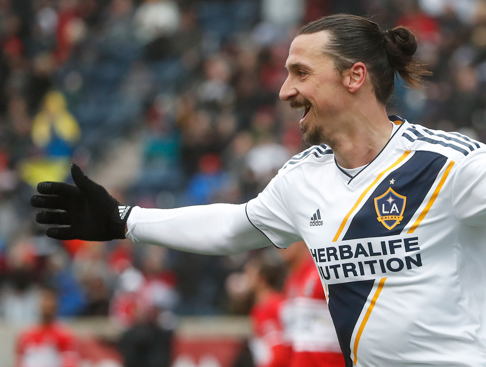 Zlatan Ibrahimović celebrating during LA Galaxy-Chicago Fire at Toyota Park on April 14, 2018. (KAMIL KRZACZYNSKI/AFP/Getty Images)