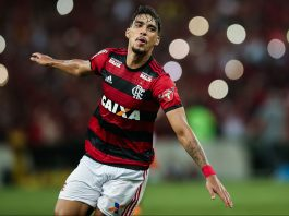 Lucas Paquetá celebrating during Flamengo-Internacion at Maracana Stadium on May 6, 2018. (Photo by Buda Mendes/Getty Images)