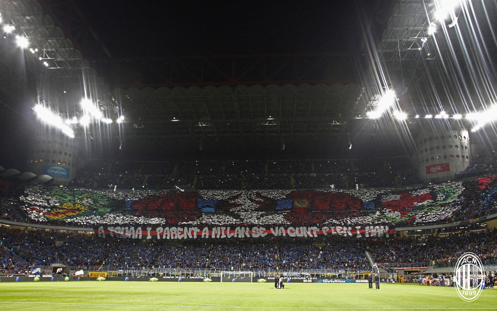 The tifo made by Milan fans during Inter-Milan at Stadio San Siro on October 21, 2018. (@acmilan.com)