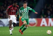 Franck Kessie and Giovani Lo Celso during Real Betis-Milan at Estadio Benito Villamarín on November 8, 2018. (Photo by Aitor Alcalde/Getty Images)