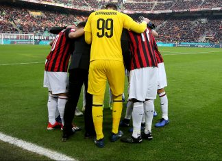 Milan players before Milan-Fiorentina at Stadio San Siro on December 22, 2018. (Photo by Getty Images/Getty Images))