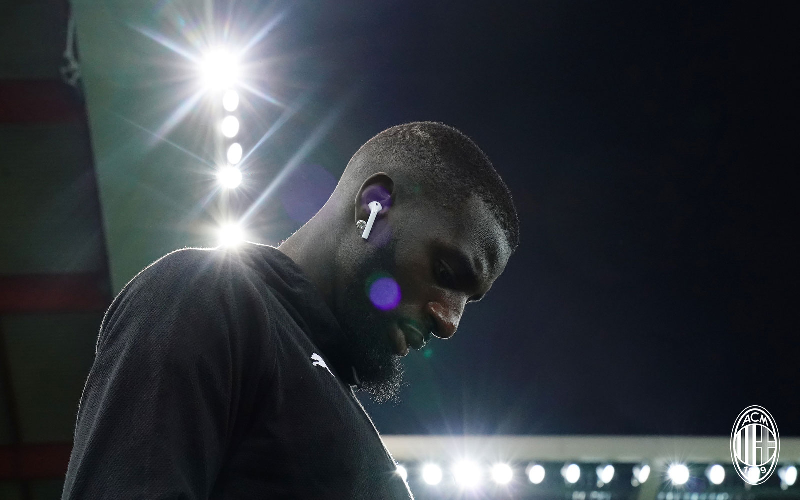 Tiémoué Bakayoko before Udinese-Milan at Stadio Friuli on November 4, 2018. (@acmilan.com)