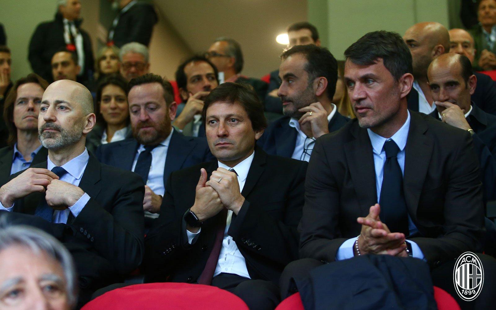 Ivan Gazidis, Leonardo and Paolo Maldini during Milan-Udinese on April 2, 2019. (@acmilan.com)