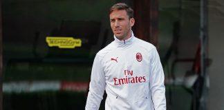 Lucas Biglia during training at Milanello. (@acmilan.com)