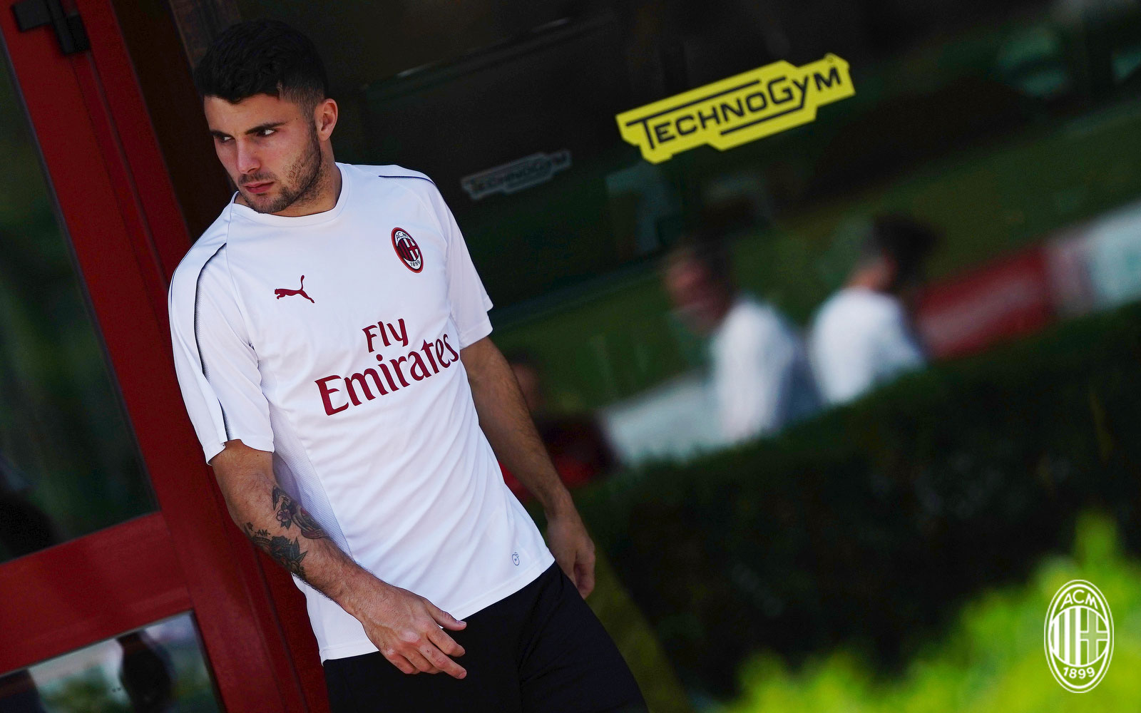 Patrick Cutrone during training at Milanello. (@acmilan.com)