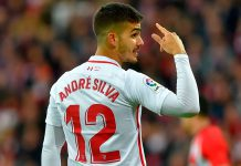 André Silva during Athletic Bilbao-Sevilla at San Mamés on January 13, 2019. (ANDER GILLENEA/AFP/Getty Images)