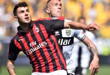 Patrick Cutrone and Simone Iacoponi during Parma-Milan at Stadio Ennio Tardini on April 20, 2019. (Photo by Giuseppe Bellini/Getty Images)