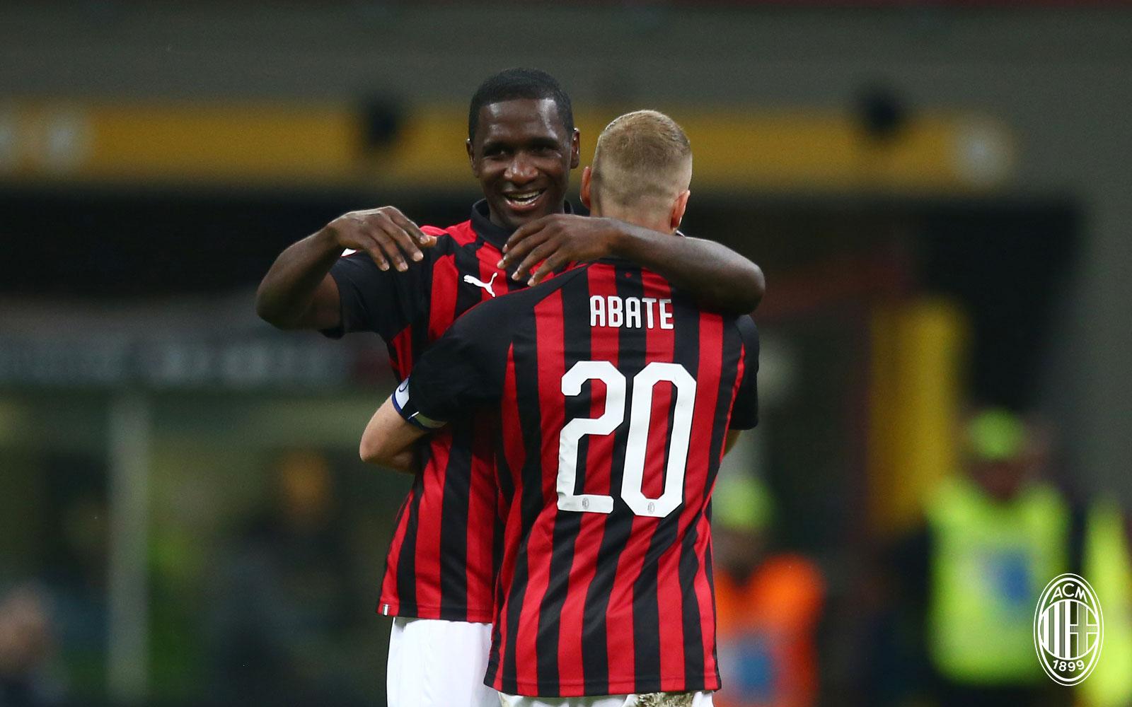 Cristian Zapata and Ignazio Abate celebrating during Milan-Bologna at Stadio San Siro on May 6, 2019. (@acmilan.com)