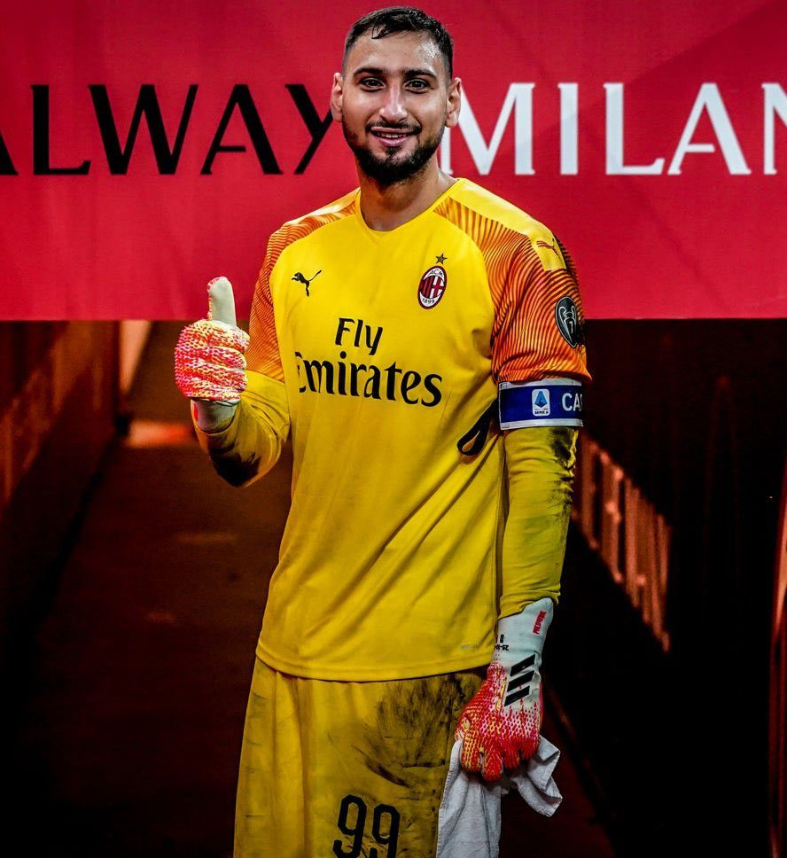 Donnarumma It S A Pride To Wear This Captain S Armband Our Objective Is To Finish Fifth And We Have 2 More Finals Rossoneri Blog Ac Milan News