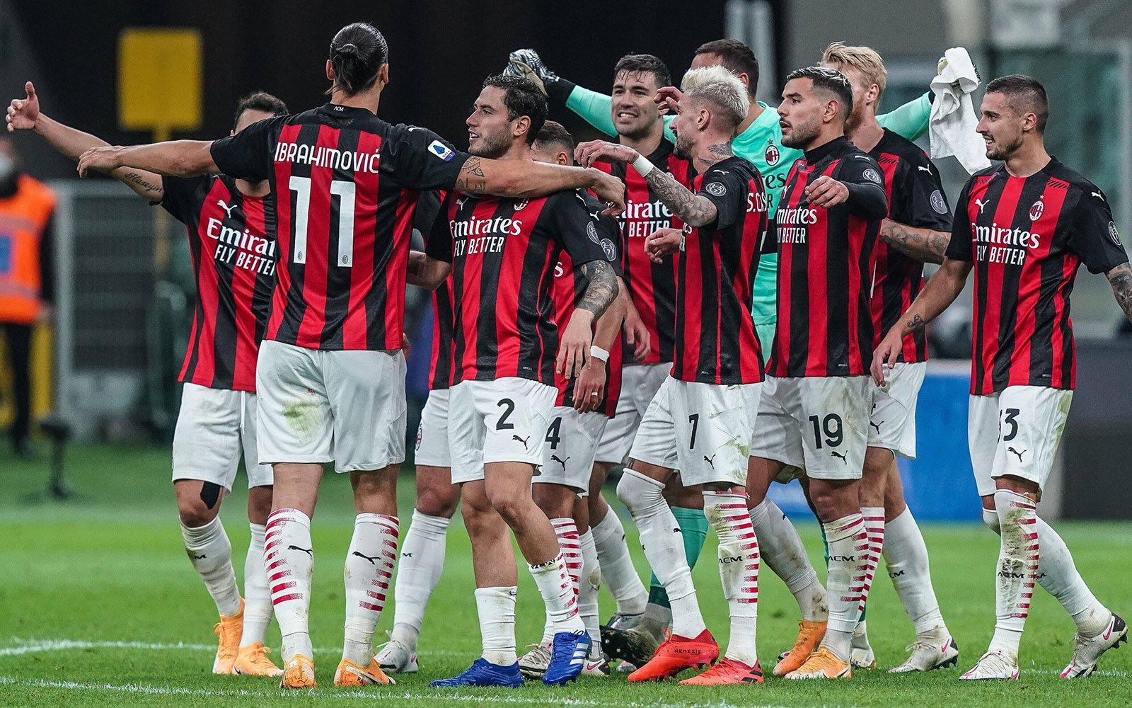 Dos zarpazos de Ibrahimovic dan el triunfo al Milán sobre el Inter (1-2)