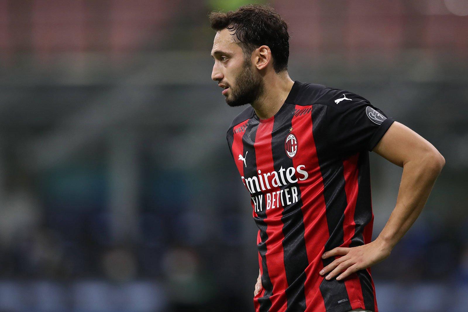 Çalhanoğlu suffered ankle injury in training, left Milanello on ...