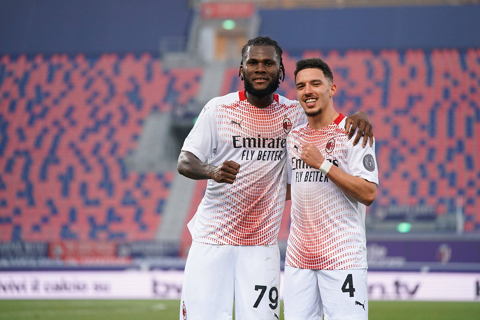 """Kessié: """"The win was crucial, we fought until the end, scoring in double digits is my objective, the return of Bennacer? I'm happy everyone is coming back now""""   Rossoneri Blog -"""